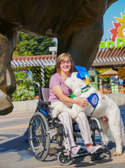 little-angels-service-dogs-our-services-mobility-assistance-kimberlee-joey